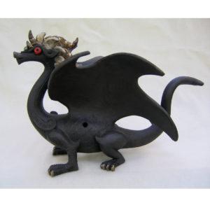 Dragon ailé noir